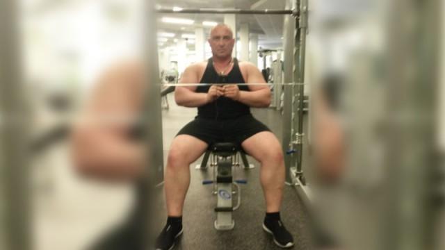 Коллекторы-бодибилдеры жестоко избили москвича из-за долгов