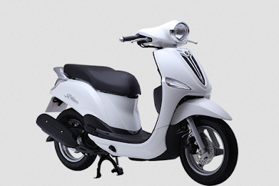 New 2016 Yamaha Nozza Grande 125cc Scooter white color Hd image