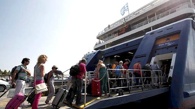 Αυξημένη η κίνηση στα λιμάνια