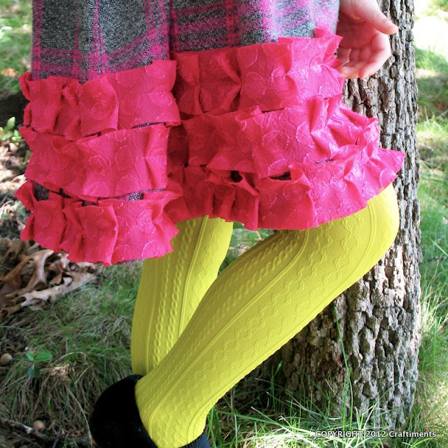 Craftiments:  Closeup of bias cut pleated ruffles
