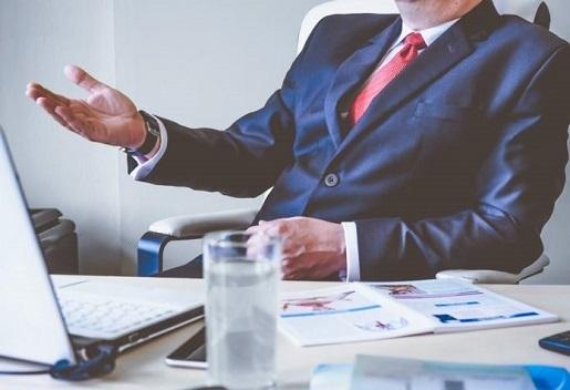¿Me puedo fiar de las recomendaciones de inversión de mi asesor financiero personal?