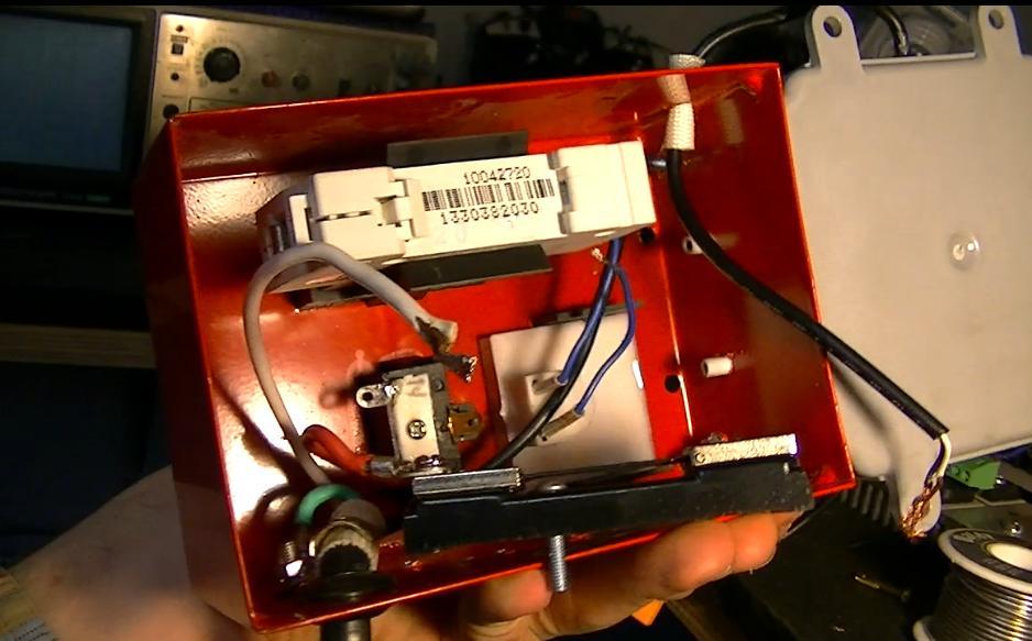 Electrons Be Free Variac Modification