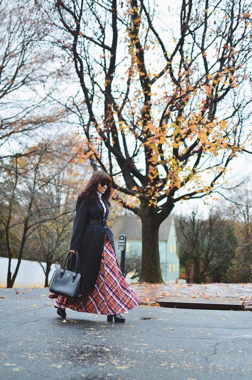Maxi skirt street style