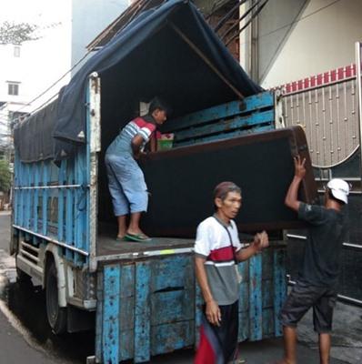 Sewa Truk Pindahan di Surabaya