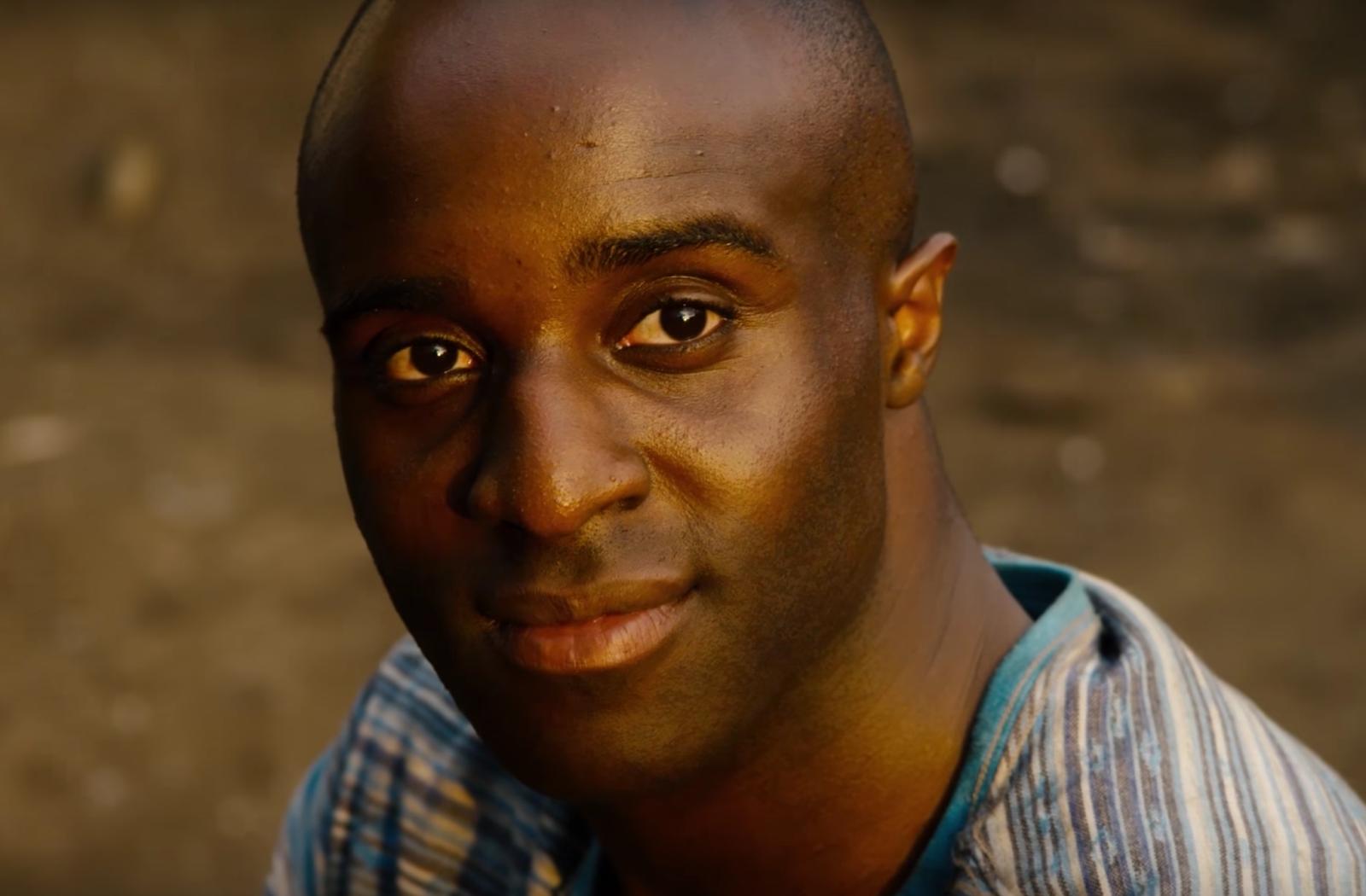 Toby Onwumere interpreta a Capheus