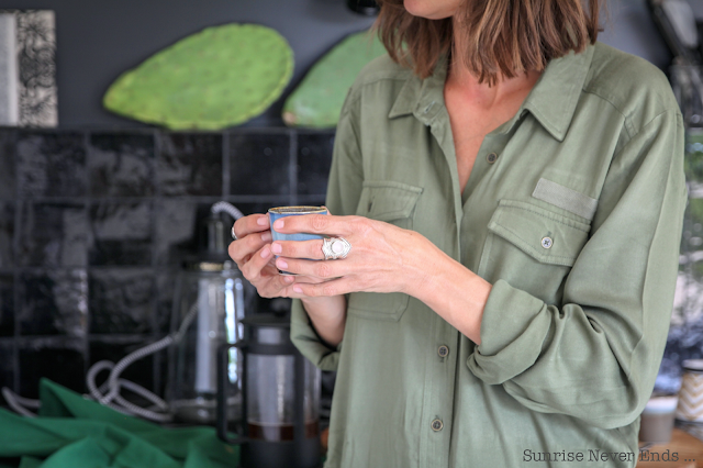 julie eye see,let's go anywhere,sunday collar,coffee,la cabane du lac,arluzanx,airbnb,csao,urban outfitters, billabong