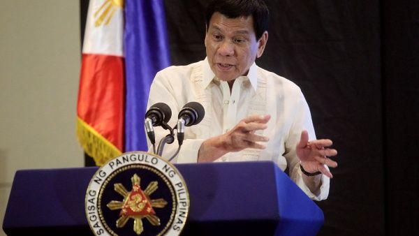 Duterte aboga por restaurar la pena de muerte en Filipinas
