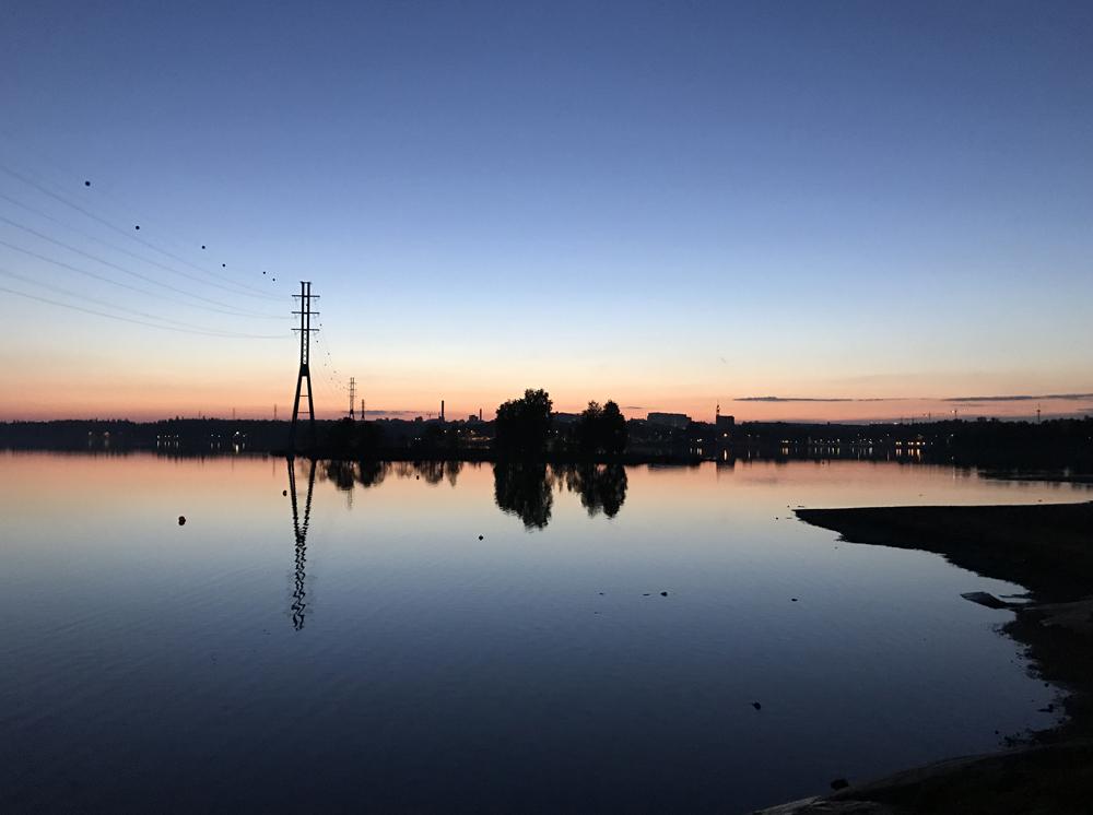 Kaupunkipyörällä auringonlaskusta auringonnousuun 15