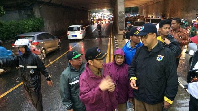 Niatnya Bikin Curhat Panjang Lebar Soal Banjir Biar Dapat Simpati Masyarakat, Nyatanya Netizen Malah 'Ngamuk' Habis-habisan Anies Baswedan....