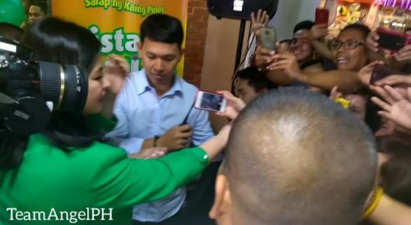 Angel Locsin Got Mobbed In The Pistang Chicken Inasal Celebration At The Starmall!