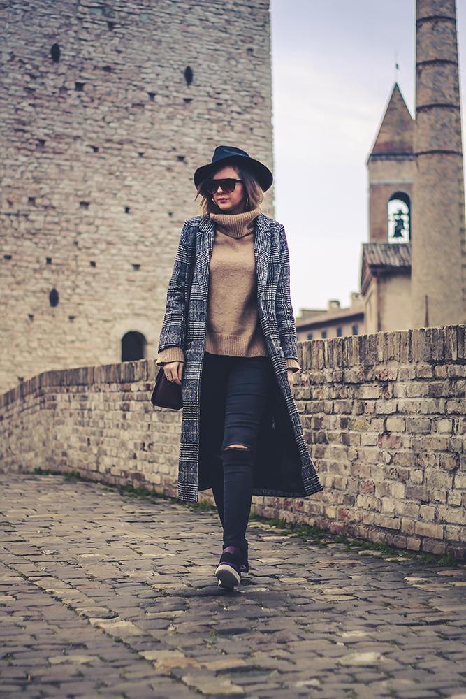 outfit cappotto principe di galles