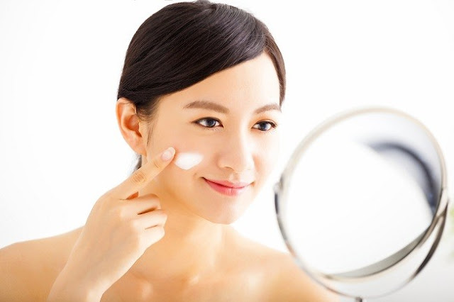 12 Cara Mengatasi Kulit Wajah Kering Agar Kembali Segar dan Cerah