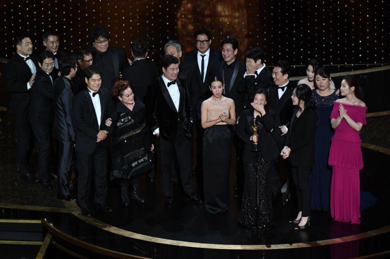 Il cast di Parasite  (MARK RALSTON/AFP via Getty Images)
