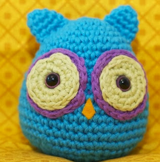 http://softiesxtremo.blogspot.com.es/2013/05/patron-de-buho-amigurumi.html