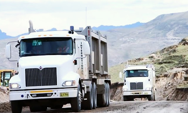 Las Bambas: Se restablece tránsito de vehículos tras bloqueo