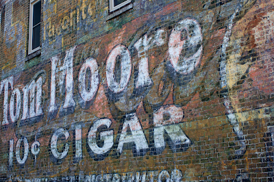 Tom Moore 10 cent cigar