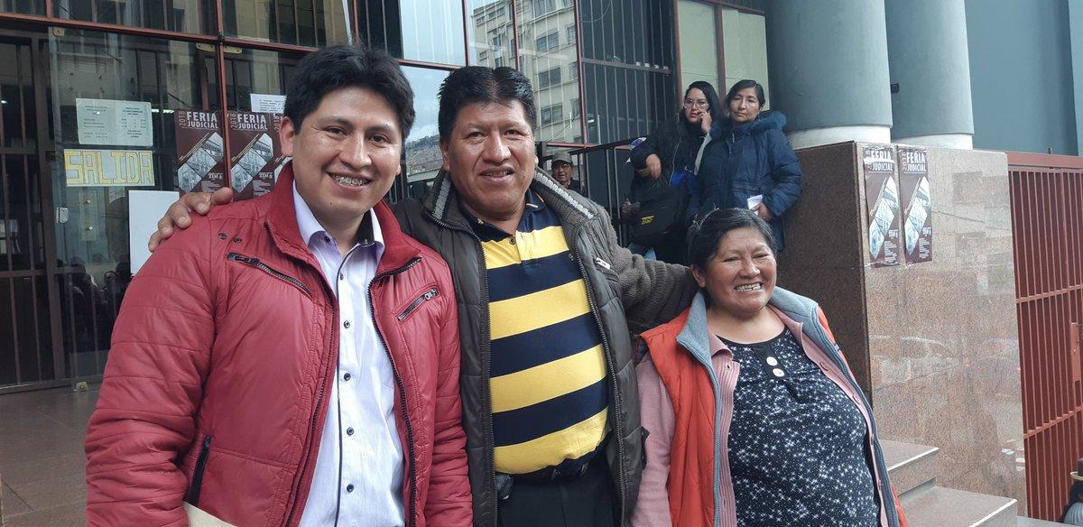 La familia Fernández Sumi sonríe luego de cuatro años de un periplo judicial  / RKM