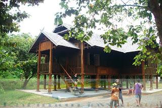rumah kampung bugis karimunjawa