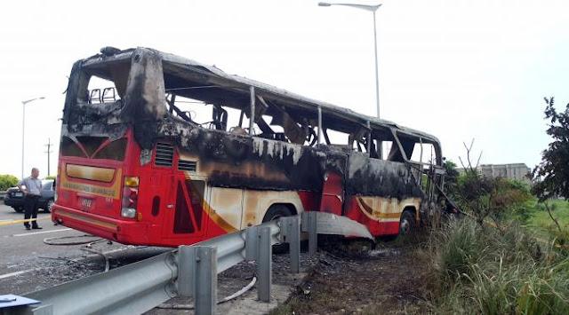 Inilah Foto Bus Pariwisata Terbakar, 26 Turis Tewas Terpanggang