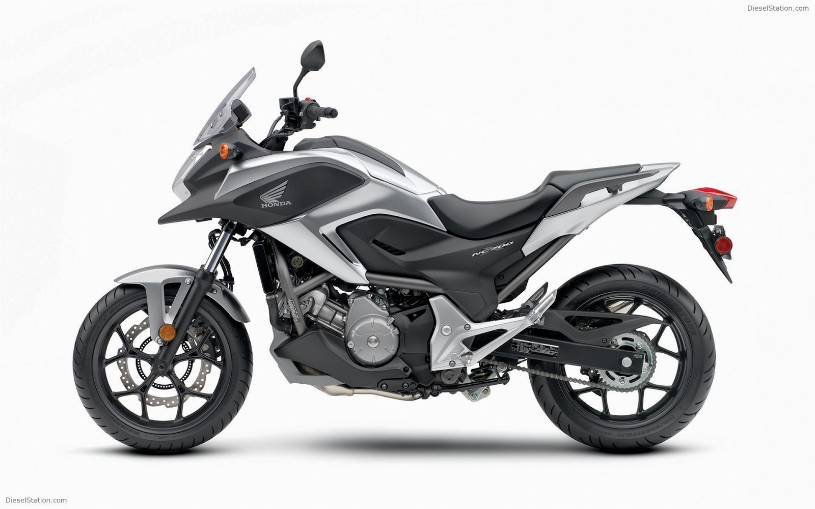 honda nc700x 2014 wallpaper just welcome to automotive. Black Bedroom Furniture Sets. Home Design Ideas