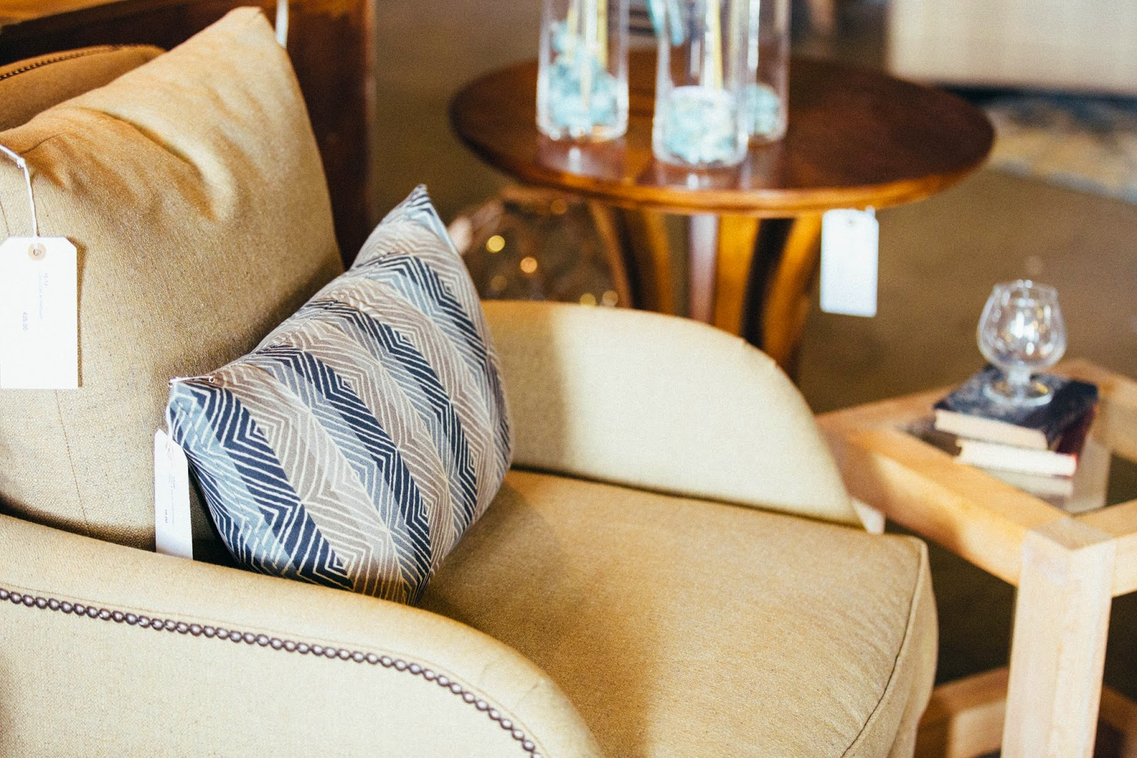 Sarah Cyrus Homes New Furniture Store Setting Trends On