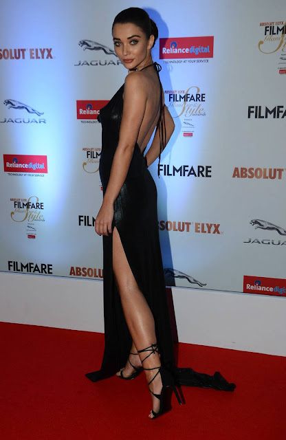 Amy jackson hot at filmfare style awards 2016