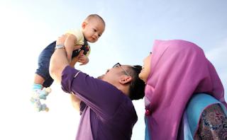 Mempunyai keturunan atau anak merupakan anugerah sekaligus amanah yang di berikan oleh Al Bacaan Doa Memohon Keturunan Yang Baik Beserta Artinya