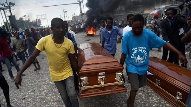 Manifestantes anticorrupción chocan con la Policía en Haití