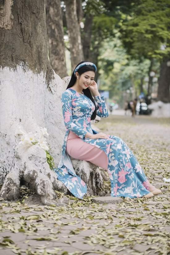 Đỗ Mỹ Linh làm nàng thơ của Ngọc Hân trong bộ sưu tập áo dài - Ảnh 7