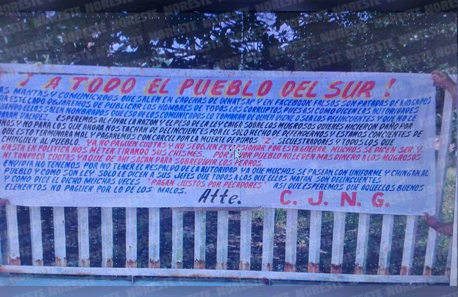 """""""A todo el pueblo sur"""", CJNG deja narcomantas en escuela primaria y el tecnológico de Minatitlán"""