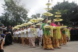Upacara-Adat-Istiadat-dan-Kepercayaan-Suku-Baduy-Banten