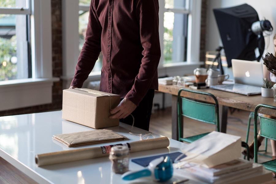 Cómo personalizar el envío de tus productos ¡Y triunfar con un buen embalaje!