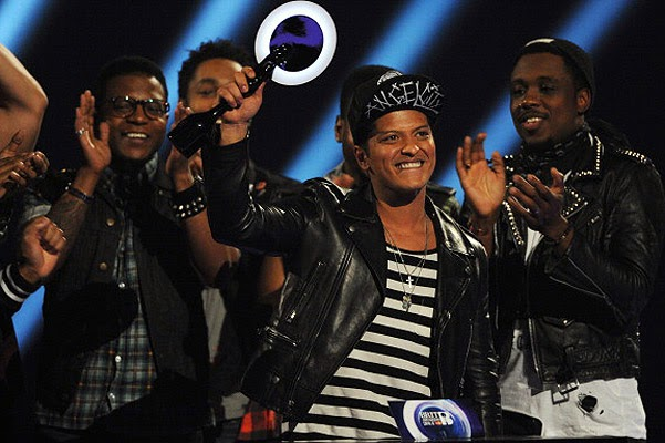 Bruno Mars won in the category International Artist of the Year