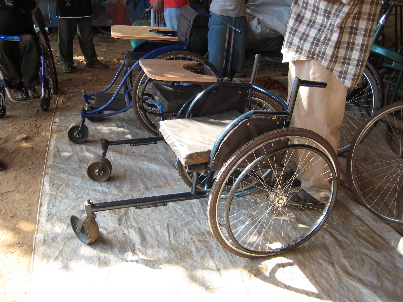 wheelchair project chair set of 2 the barlows in uganda making a wheel