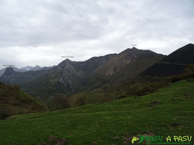 Desde el Collado sellón, vista Pico Faceu