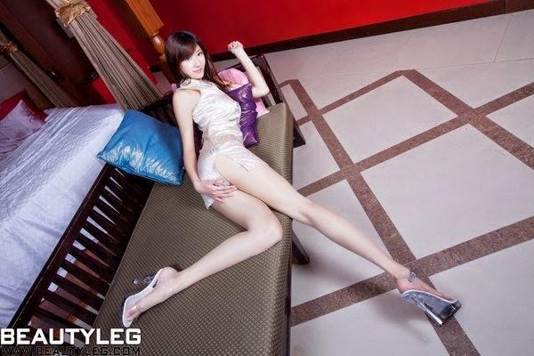 BeautyLeg No.1042 Queena 09230