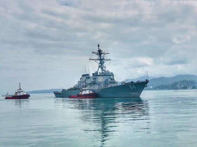 Эсминец 6го флота США прибыл с визитом в порт Батуми