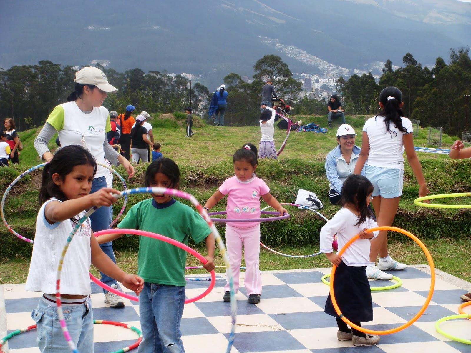 Mario Vásconez: Ecuador 85: Función del espacio público en
