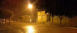 Chuva cai forte em Nova Palmeira na noite desse sábado