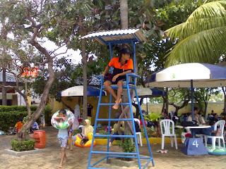 Petugas Pengawas Waterland Ujung Menteng Cakung
