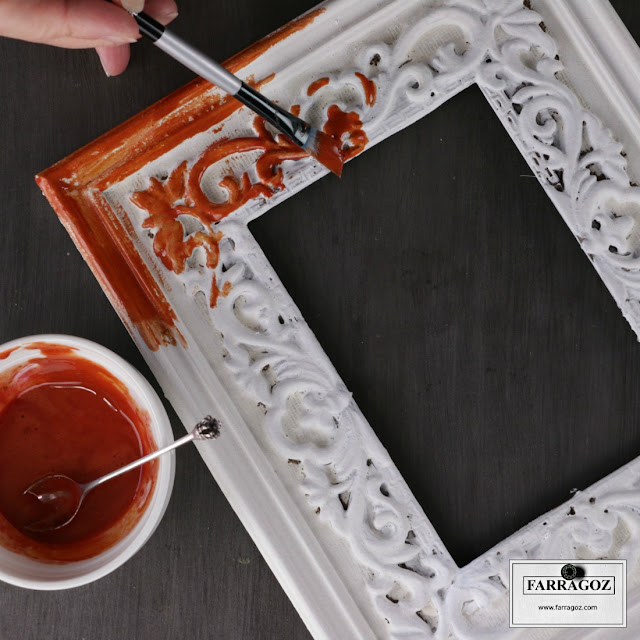 Farragoz How To Paint A New Plastic Frame To Look Like An