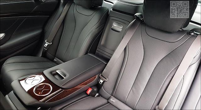 Băng sau Mercedes S450 L Star 2019 thiết kế rộng rãi,thoải mái và ngả ra sau được