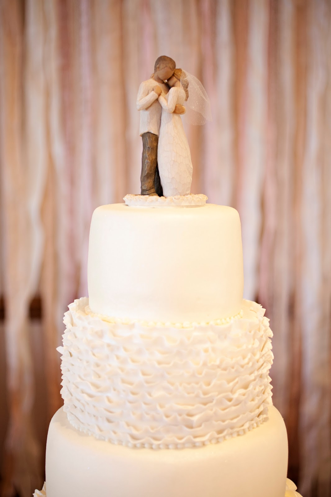 willow tree angel wedding cake topper quincee wedding wednesday 6 amp groom cakes 27489