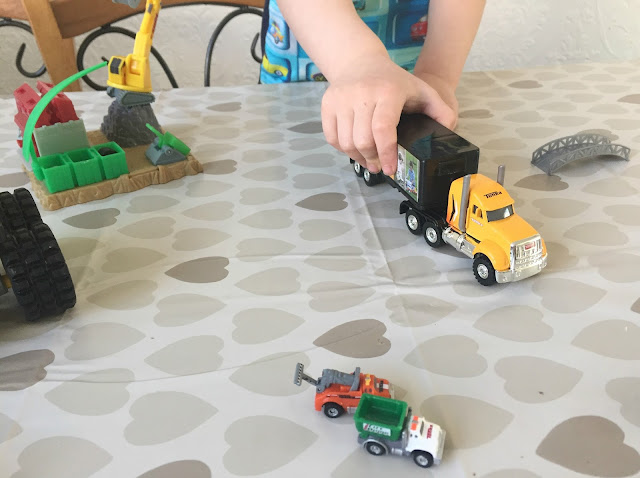 Tonka Lorry and Tiny playset