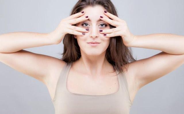 7 Tips Mudah Menghilangkan Lemak Wajah