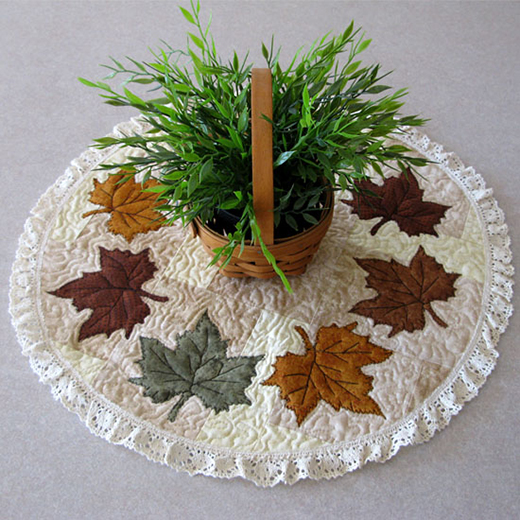 Maple Leaf centerpiece Quilt Free Tutorial