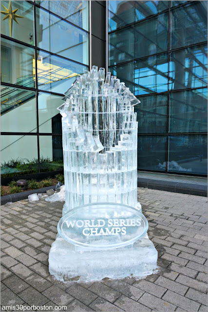 Esculturas de Hielo de la First Night de Boston: Trofeo de los Red Sox