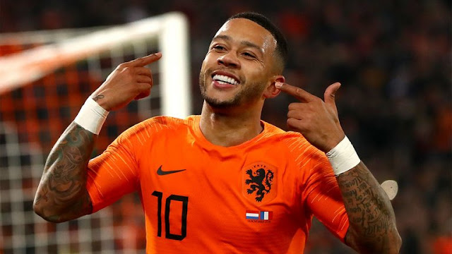 Memphis Depay Celebrates for Netherlands Vs France