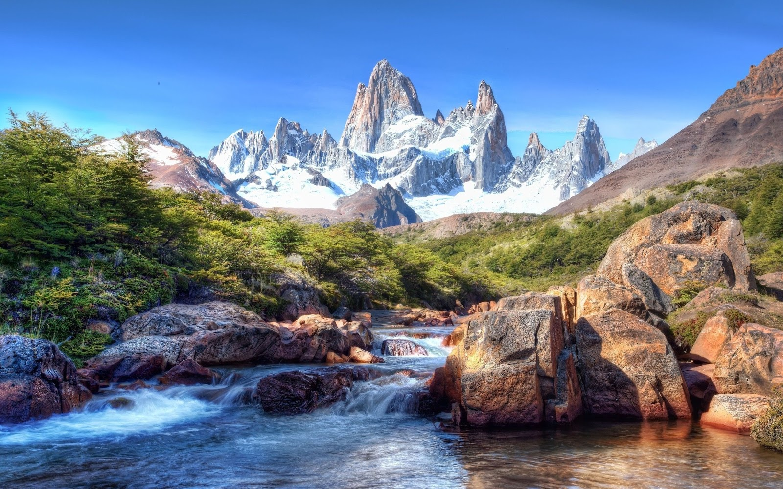 mountain screensavers and wallpaper backgrounds - photo #14