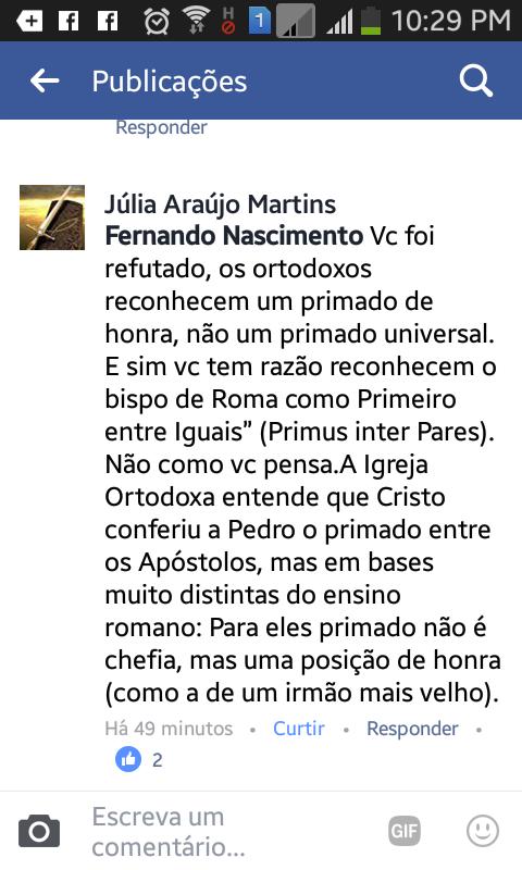 Júlia Araujo